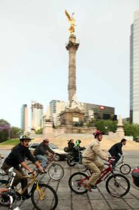 Riding the Talk - Mexico City Mayor Bikes to Work