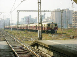 Death Toll Reaches 20,000 in Five Years on Mumbai's Trains