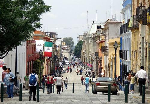 A pedestrian street in Oaxaca. Photo by EReker.