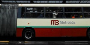 To effectively address climate change while continuing to grow, it is crucial that developing countries pursue sustainable transport strategies like Mexico City's Metrobus.  Photo: EMBARQ.