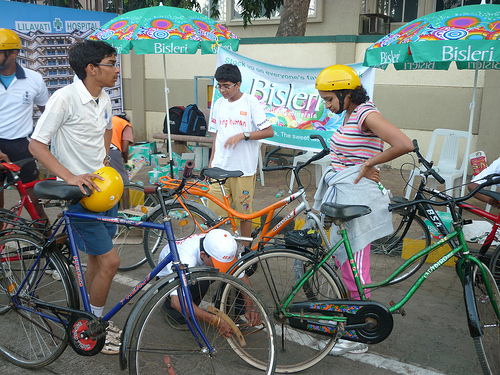 Corporate supporters, such as Bisleri International Pvt. Ltd, set up booths along the road to cater to the event participants. Photo by Madhav Pai.