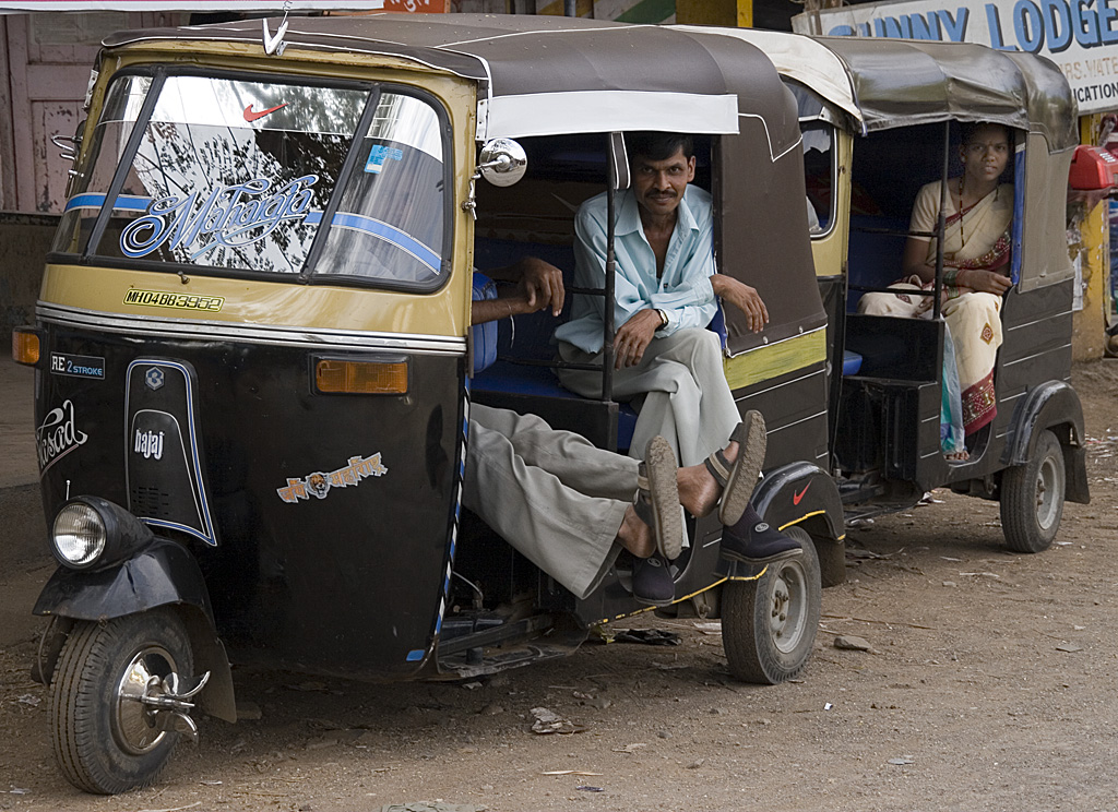 Last week's auto rickshaw strike in Delhi showed the key role auto rickshaws play in Indian transportation systems, as well as the deep-seeded corruption affecting the sector. Photo: Dey.