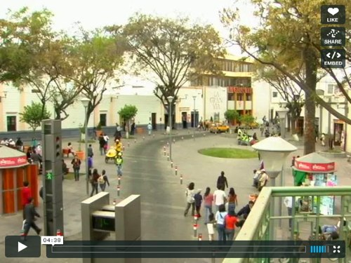 A screenshot from EMBARQ's video about pedestrianization in Arequipa, Peru.