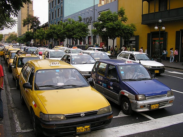 Lima suffers from an oversupply of taxis, which must be regulated to make serious change in the city's transportation system.  Photo by Megan McConville.