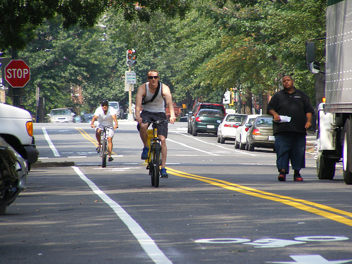A new contraflow bike lane on New Hampshire Avenue. Photo via DDOTDC.