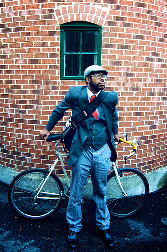 Photo from the Washington, DC tweed ride. Photo by Rhys Thom.