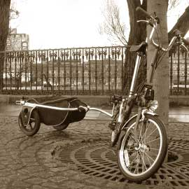 A bike trailer that folds into itself and triples as a courier bag and suitcase. Photo by Carry Freedom.