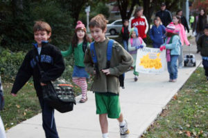 Students in Oak Park, Ill. take over the sidewalks for 2009 Walk to School Day. Photo by Cinzia Segal.
