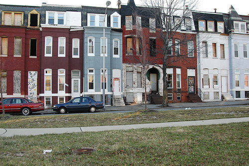 Baltimore's rowhouses in need of revitalization. Photo by Elly Blue.