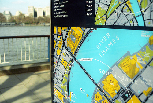 'Legible London' maps include 5-minute and 15-minute walking circles, to help pedestrians decide if walking is a better travel option. Photo by rbrwr.