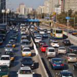 A new report on China's rapid motorization highlights the importance of developing sounds policies to address congestion and air pollution. Photo by Remko Tanis