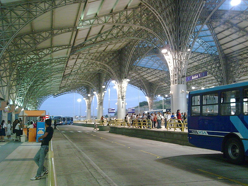 The 2011 SIBRT Congress is co-hosted by Metrovia, a bus rapid transit system in Guayaquil, Ecuador. Image via Wikipedia.