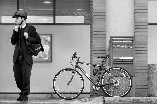 The debate over bicycle helmet benefits continues. Photo by Hobvias Sudoneignhm.