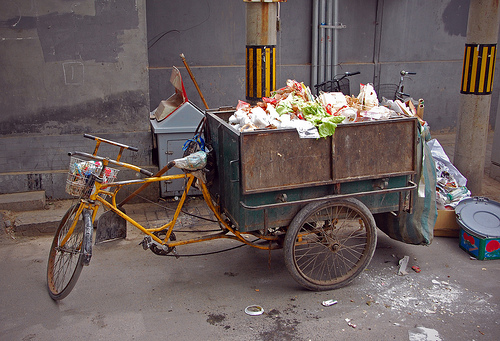 Garbage collecting in China. Photo by Tim Quijano.