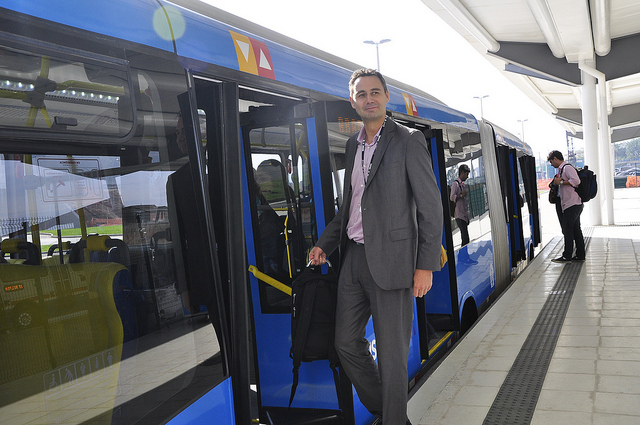 Rio de Janeiro is implementing a 150 km. network of bus rapid transit corridors. Photo credit: Mariana Gil/EMBARQ Brasil
