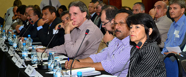 """EMBARQ Brasil organized this """"framing"""" sessions with key BRT stakeholders. Photo by Mariana Gil/EMBARQ Brasil."""