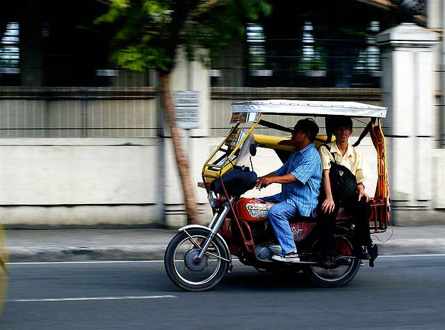 Air Pollution in the Philippines http://thecityfix.com/blog/cleaner-air-electric-tricycles-manila-philippines-erin-cooper-embarq/