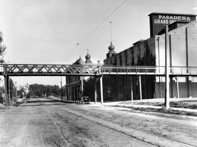 California Cycleway and Pasadena Grand Opera House, 1902. Photo by the Pasadena Digital History Collaboration.