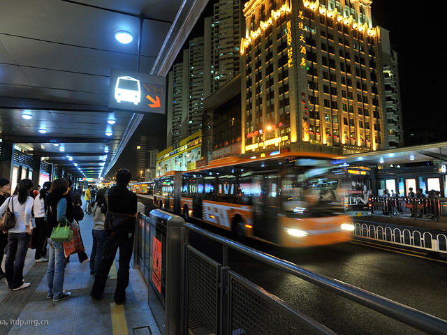 The bus rapid transit system in Guangzhou, China, began operations in 2010. Photo by ITDP-China.