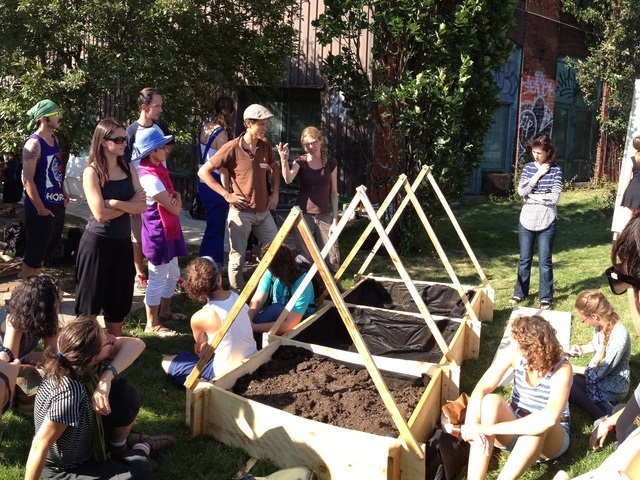 Urban community garden in Montréal, Canada. Photo by Bruno VITASSE/Flickr.