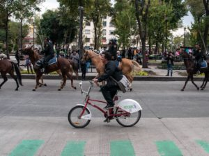 Mexico City's Ecobici bike-share system is one of the best in the world due to its high usage and integration into the city's transport system. Photo by Eneas de Troya/Flickr.