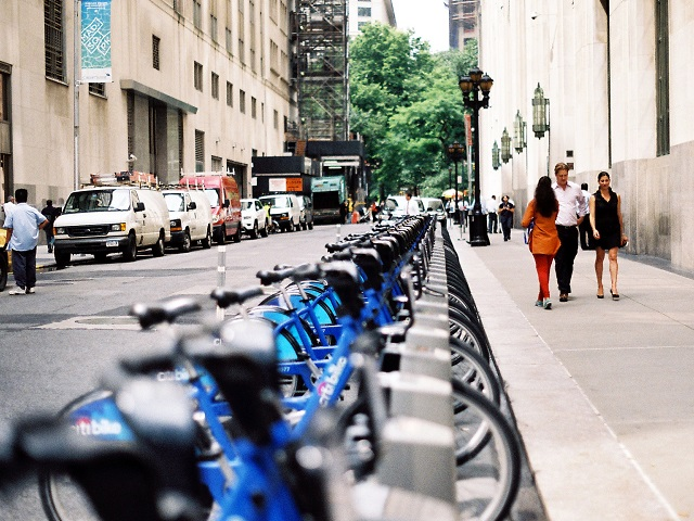 Alta Bicycle Share has been successful in molding bike-share systems to meet individual city needs and build a culture of sustainable mobility. Photo by aaaronvandorn/Flickr.