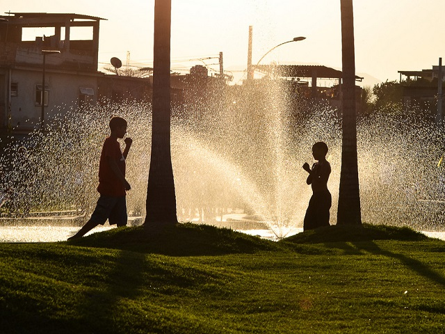 Parque Madureira in Rio de Janeiro, Brazil, provides a place for residents to engage in physical activity and connect with the local community. Photo by Higor de Padua/Flickr.