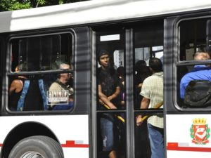 Social media, new bus lines, and increasing awareness of the environmental impacts of carbon emissions have altered the public's perception of mass transport in Sao Paulo, Brazil. Photo by Mariana Gil/EMBARQ Brasil.