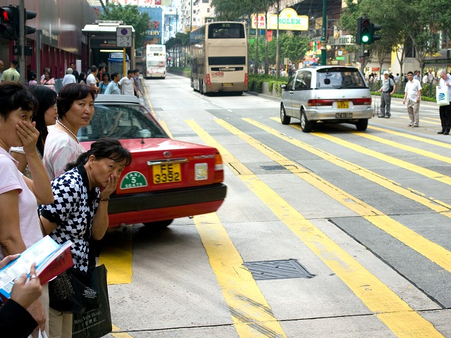 Increasing motorization in cities across China is threatening air quality and public health, causing many to ask what reforms can combat the country's growing culture of car-dependency. Photo by ilmari hyvönen/Flickr.