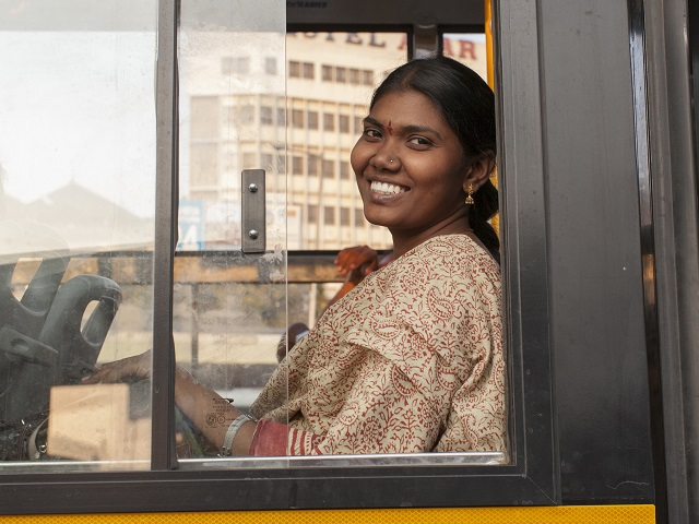 The BIG bus network in Bangalore is an example of an integrated transport solution that offers better accessibility through connectivity between transport modes and networks. Photo by Benoit Colin/EMBARQ.