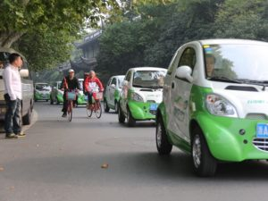 Car-sharing is beginning to take hold in Chinese cities, and can help reduce car ownership, congestion, and air pollution. Photo via gaoloumi.com.
