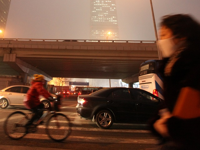 Sustainable transport plays an important role in helping Chinese cities address their debilitating air pollution. Photo by Da Yang/Flickr.