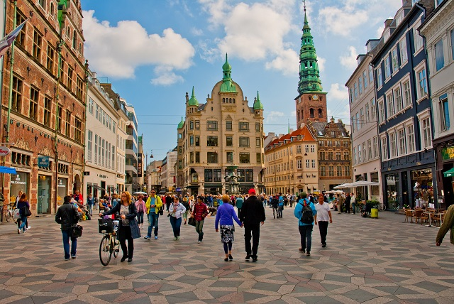 Walkability in Copenhagen, Denmark