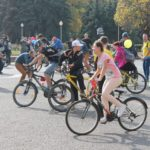 Almaty recently held its first open streets festival, allowing cyclists, dancers and athletes to take to the streets free of cars. (Photo: UNDP-GEF CAST)