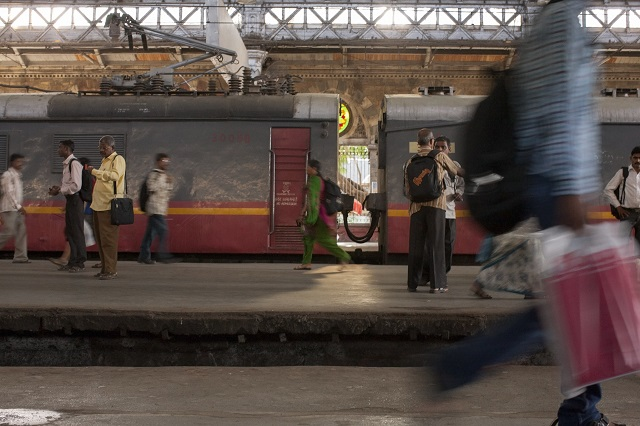 India Must Plan New Strategy for Cities to Reap Full Benefits of 'Self-Reliance' Initiative